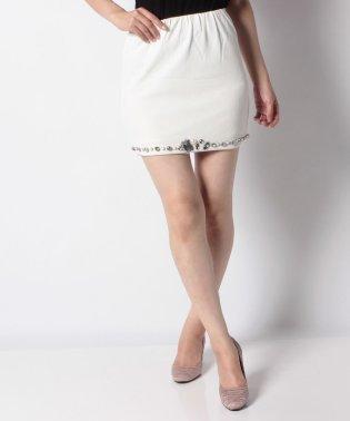 【Delyle noir】・ビジュー付スカート