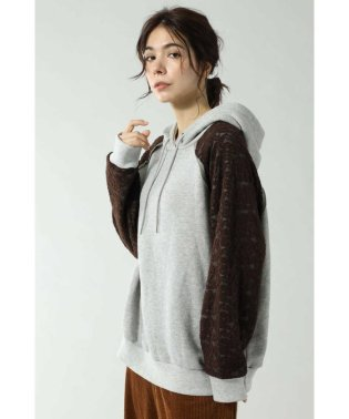 LACE SLEEVE HOODED SWEAT