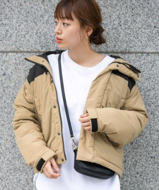 グリーンダウンフードジャケット