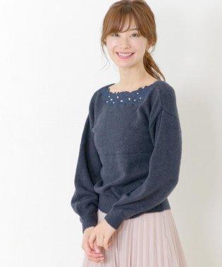 【美人百花10月号掲載】スカラ刺繍ネック2WAYニット