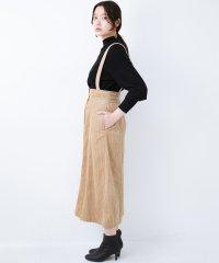 長ーーい季節着られてコスパがいい コーデュロイのサスペンダー付きスカート