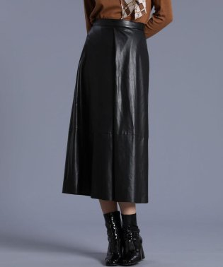 《Luftrobe》エコレザーフレアスカート