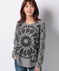 WOMAN FLAT KNIT THIN GAUGE PULLOVER