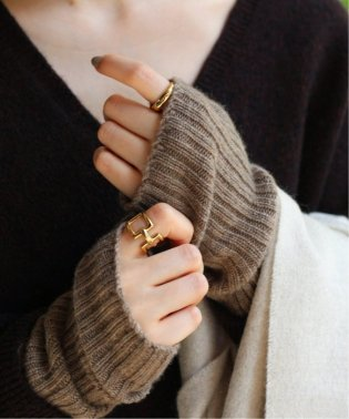 《予約》【Johnstons/ジョンストンズ】 RIBBED CASHMERE WRISTWARMWERS◆