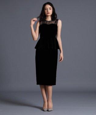 《M Maglie le cassetto》ベルベットペプラムドレス