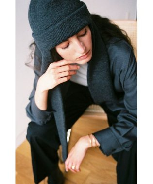 MUFFLER SET KNIT CAP