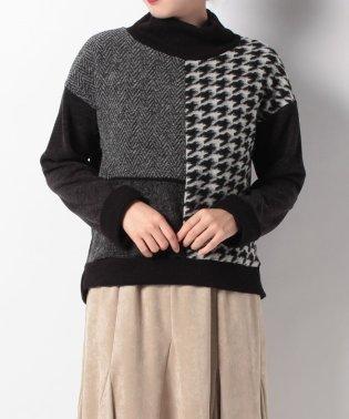 切替ハイネックセーター