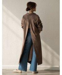 様々な着こなしを楽しむサステナブルな一着が秋カラーで新登場! マルチウェイレイヤードシャツワンピース ワンピース/ワンピース