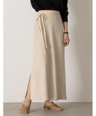 たっぷりロング丈で品の良いコーディネートに セミタイトポンチスウェードラップ風マキシスカート スカート/スカート