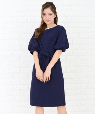 ウエストリボン付きバルーン袖ワンピース・ドレス