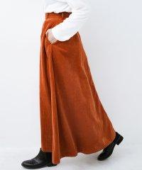 LadyLee ボリュームたっぷりのロングフレアースカート