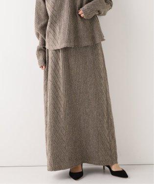 ケーブルカットスカート