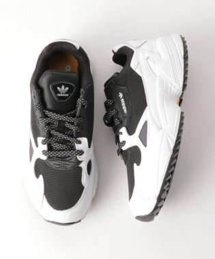 <adidas Originals(アディダス)>FALCON TRAIL ウィメンズ スニーカー