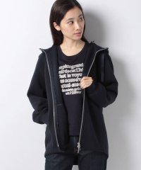 【STORY11月号掲載】パーカジャケット