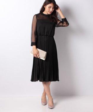 ドット柄チュール袖×プリーツドレス