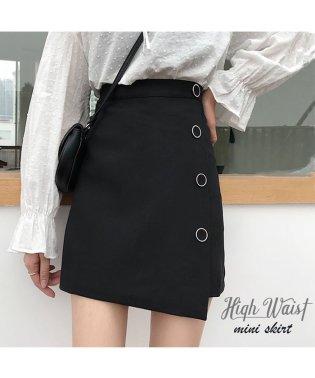 ミニ スカート レディース ハイウエスト Aライン 裾不規則 飾りボタン インナーパンツ ブラック