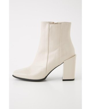 EMBOSSING SHORT BOOTS
