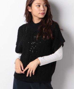 ケーブル柄ビーズ刺繍セーター