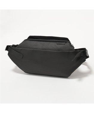 28395 ISARAU Coated Canvas ボディバッグ ウエストポーチ ベルトバッグ Black