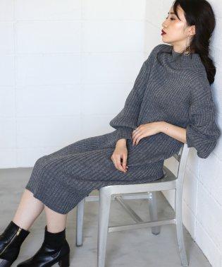 ≪2019AW先行予約≫【WEB限定】◆シンプルで着やすい◆ワイドリブパフ袖ニットワンピース