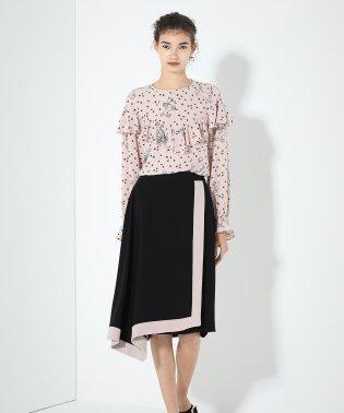 トリアセラインスカート
