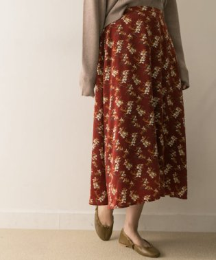 リーフフラワープリントフレアースカート