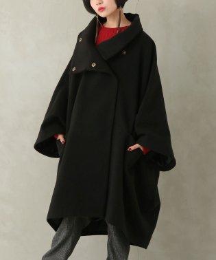 『kOhAKUスタンドカラーポンチョデザインコート』