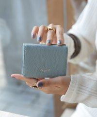 牛革三つ折りミニ財布