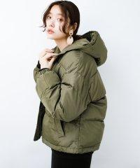 軽くてあったか!そのうえ短め丈でバランスよく見える中綿コート by ZAMPA