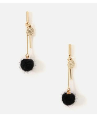 POMPON BAR EARRING