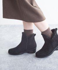 エアーソールサイドカットデザイン暖かファーショートブーツ