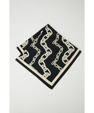 Chain Pattern Scarf