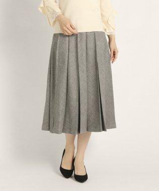 プルックツイードスカート