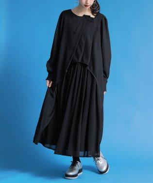 『kOhAKUタックデザイン異素材オケージョンワンピ』