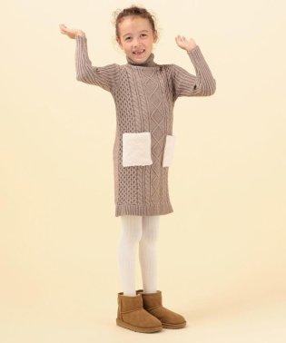 SHIPS KIDS:【洗えるニット】フェイクファー ポケット タートルネック ワンピース(100~130cm)