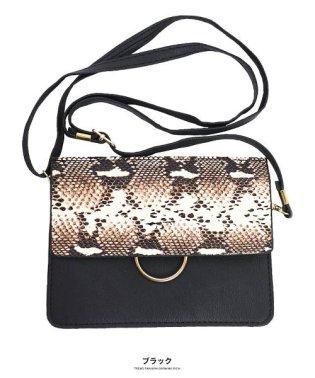 [バッグ 鞄 雑貨 小物]パイソン柄横型ショルダーポーチ[190912]印象的な小物をひとつ
