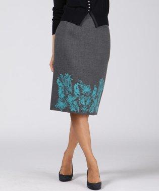 【大きいサイズ】ボタニーウール刺繍スカート