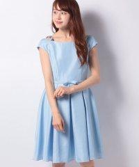 フラワーストラップドレス