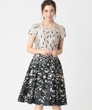 フラワー幾何プリントドレス
