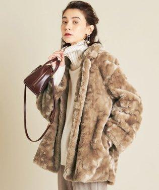 BY∴ フェイクファーミドル丈コート
