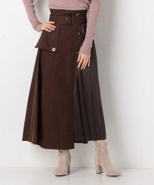 トレンチ×サテンプリーツスカート