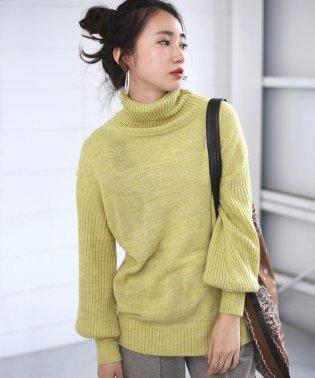 【WEB限定】イタリー糸ルーズシルエットタートルニット
