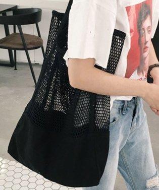 パッとさっと携帯しやすいショッピングバッグ