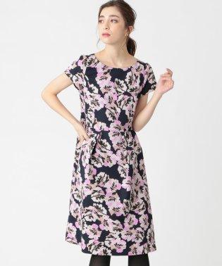 フラワープリントドレス