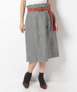 釦デザインヘリンボーンスカート