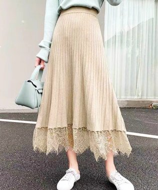 裾レースニットフレアスカート