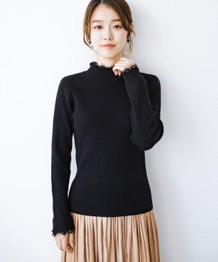1枚でも重ね着でも便利!合わせやすくてかわいげを足せる 衿レース付きニットby style zampa