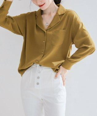 ゆったりオープンカラーシャツ