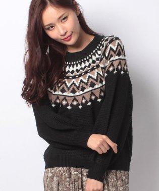 ワッフル編み×求心柄ニットセーター