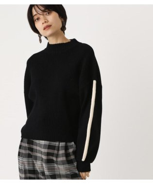 SLEEVE LINE KNIT TOPS